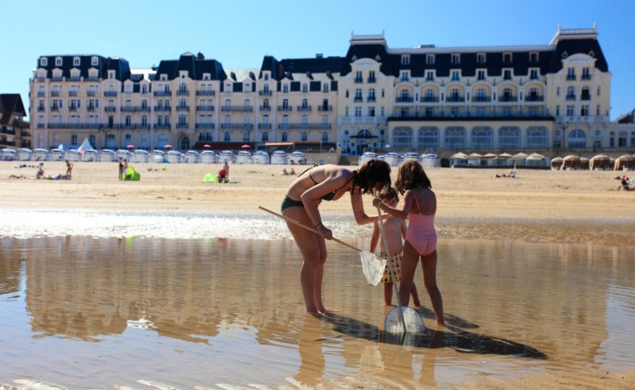 Manoir hastings tourisme for Piscine cabourg